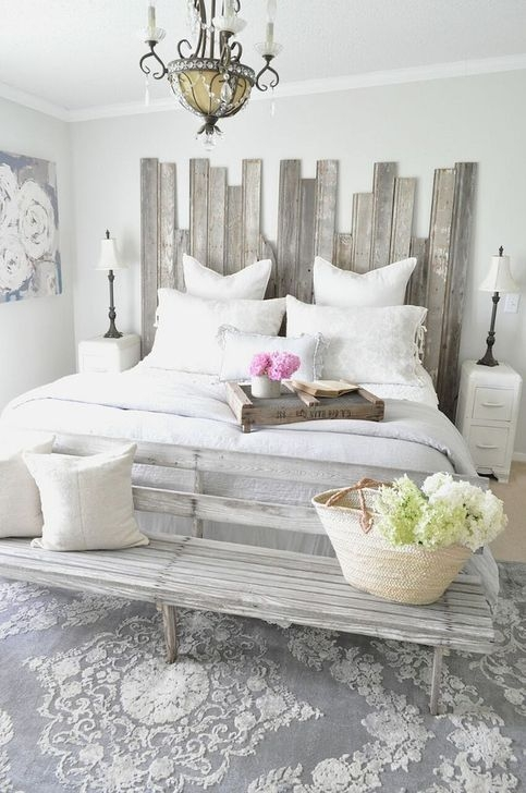Trendy Farmhouse Master Bedroom Design Ideas 04