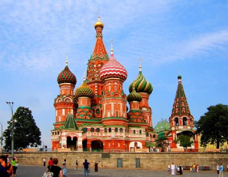 Na Rússia, Igreja é investigada e forçada a pagar por mineração de criptomoeda ilegal.