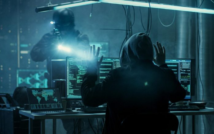 Europol prende hackers por roubo de US$ 27 milhões em Bitcoin