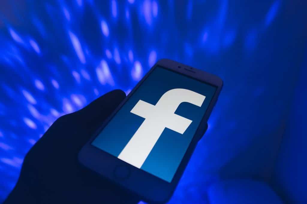 Facebook renova sua controversa carteira de criptomoedas