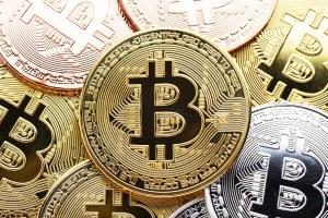 Carteiras Bitcoin com mais de 100 testes BTC em 6 meses