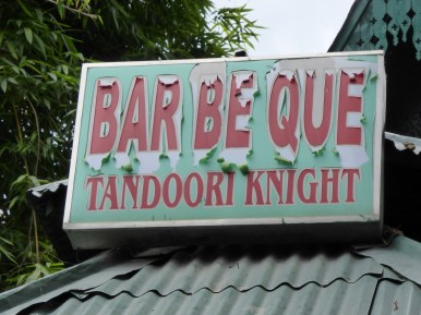 Bar Be Que Tandoori Knight - sign