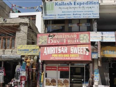 Leh shop signs