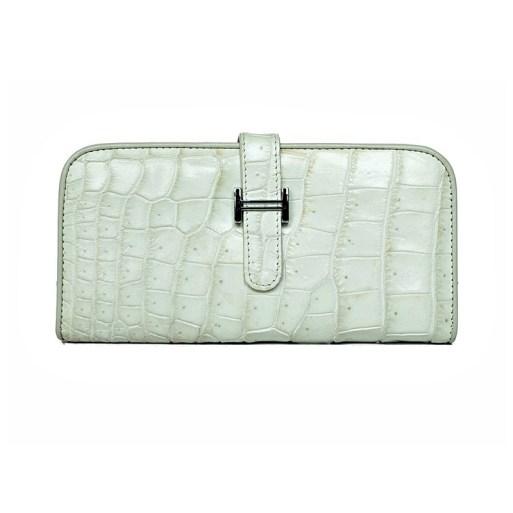Wallet-crocodile-snow-1
