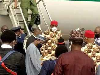 President Muhammadu Buhari, has just landed Sam Mbakwe, Imo Airport in Owerri on Thursday, We monitored the visit of the President when he landed at about 09:30 Am. Buhari used to be acquired at the Imo Airport by way of the Southeast Governors, led by means of the Chairman of the Southeast Governors, and the governor of Ebonyi State, Dave Umahi, host Governor, Hope Uzodimma of Imo state, amongst other Igbo leaders. The President is anticipated to fee some landmark tasks in the State and meet with Igbo leaders and other Igbo groups.