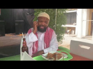 Download Comedy Video:- Alhaji Musa In A Flexing Mode