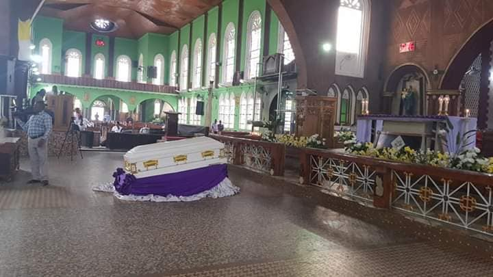 39-Year-Old Catholic Priest, Who Died In His Sleep, Buried Amidst Tears (Photos)