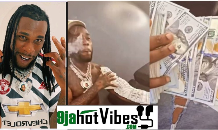 Your Mate Were At Oba - Netizens Blast Burna Boy After He Shows Off Dollar Notes (video)