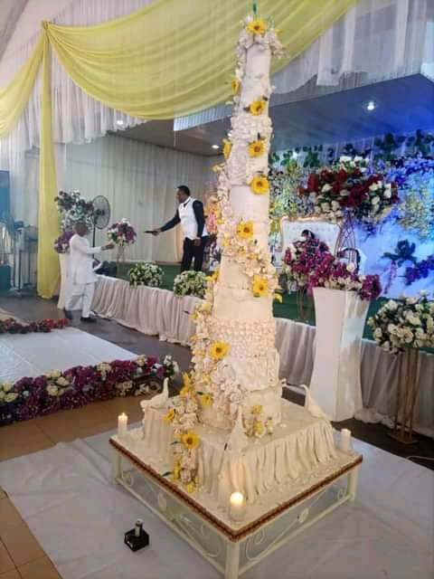 Anglican Priest Bakes 12-Steps for His Wedding