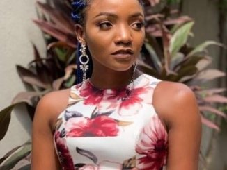 Simi shares tips on how to stop being insecure