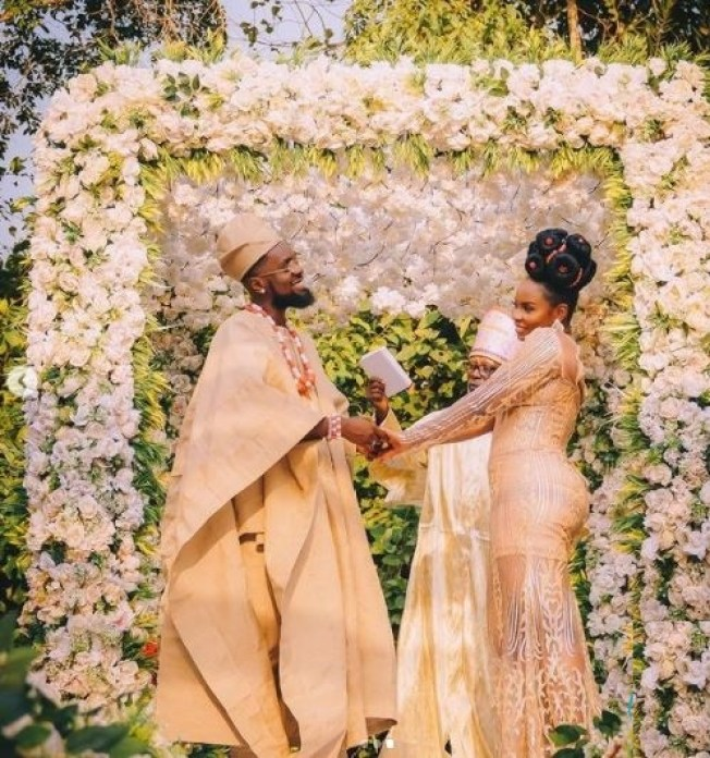 """""""This is what actually happened in Abule"""" - Nigerians react as Patoranking ties the knot with Yemi Alade (photos)"""