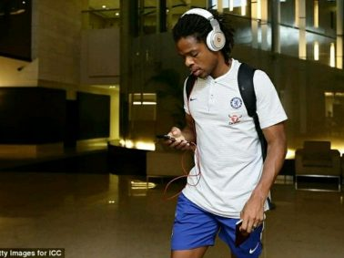 #DeadlineDay : Chelsea's Loic Remy Set To Join Las Palmas Permanently
