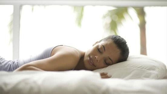 10 Simple ways to get a good night sleep