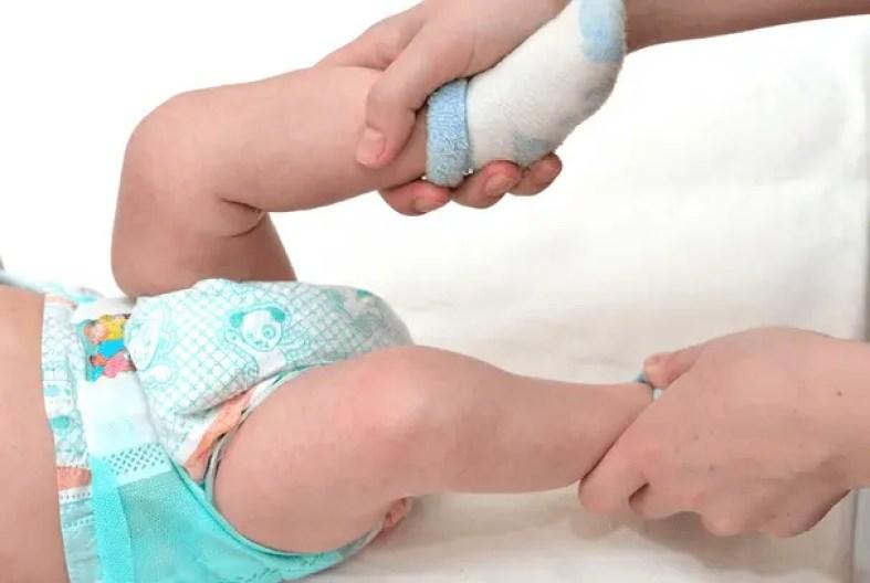 الحركة للطفل في عمر الشهرين