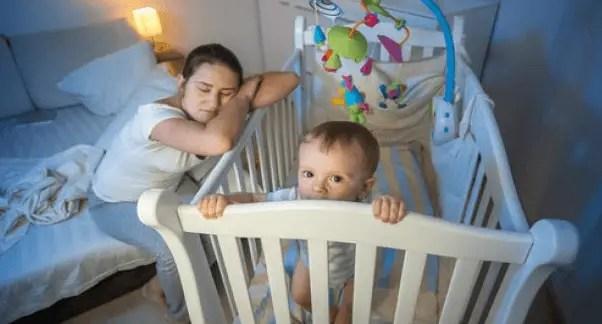 كيف أساعد طفلي لكي ينام طوال الليل؟
