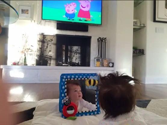 نصائح هامة تجعل من التلفاز أداة تعلم لطفلك وتبعده عن الآثار الجانبية المضرة