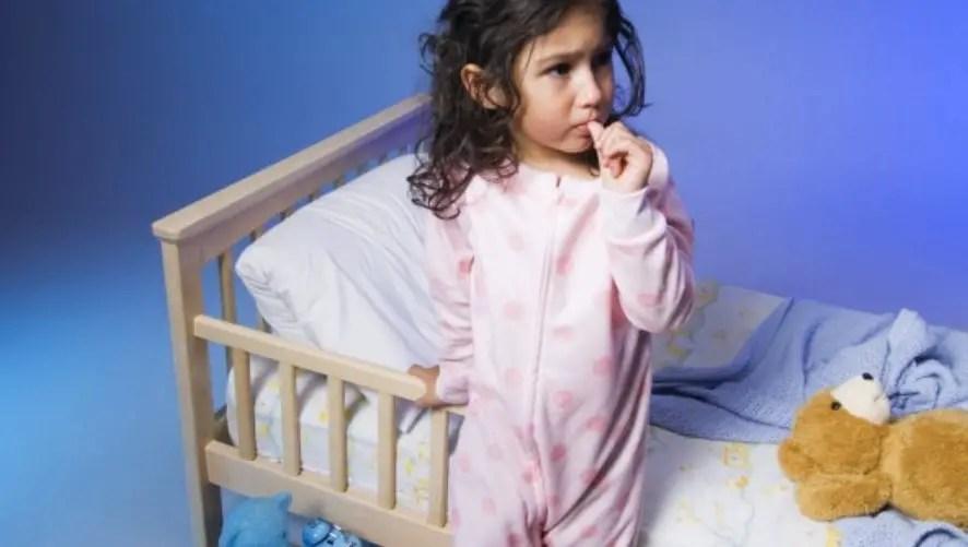 نصائح هامة للوالدين بخصوص التبول الليلي لدى الأطفال