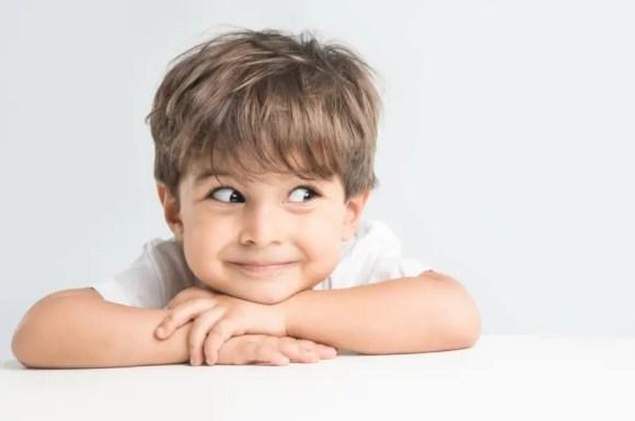 مراحل تطور الطفل الطبيعي