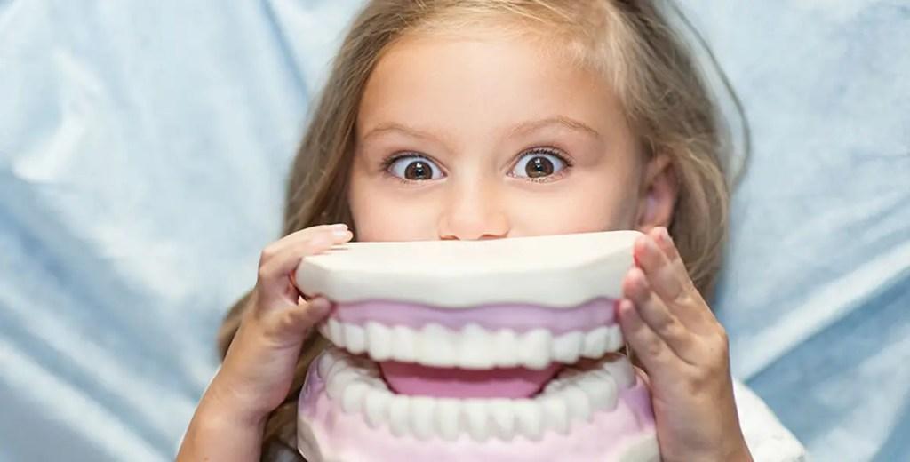 أشهر مشكلات الأسنان التي يتعرض لها طفلك وأسبابها