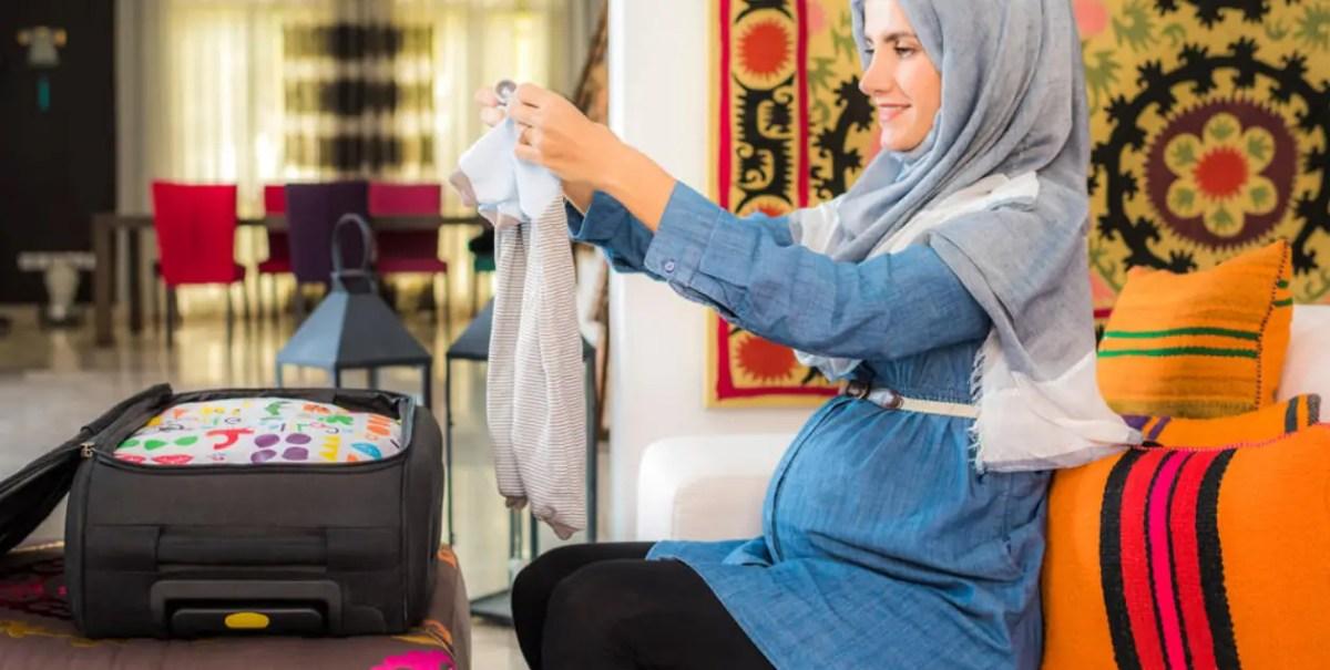 احتياجات ضرورية في حقيبة الحامل أثناء السفر