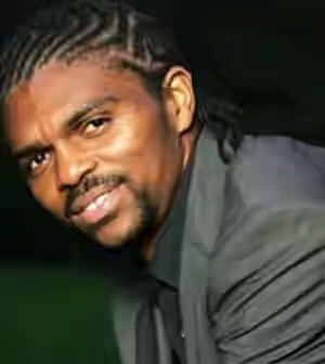 Kanu Nwankwo's Hotel, Hardley Apartments Lagos Taken Over By AMCON As He Laments
