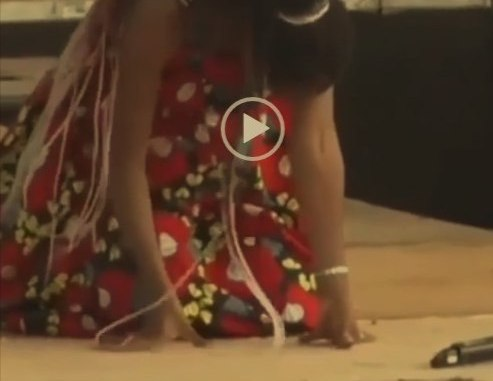 How a female singer who looked like Tiwa Savage went into labour while performing melodiously on stage (VIDEO)