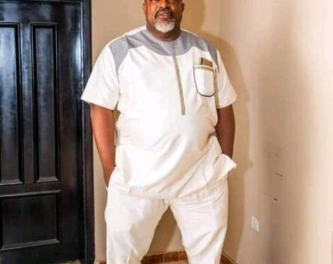 COMRADE LUKMAN O. AHMED FELICITATE W ITH MR SOJI OBASANJO (SOJ) SPECIAL ADVISER ON DOMESTIC AFFAIRS TO EXECUTIVE GOVERNOR OF KWARA STATE, ON HIS BIRTHDAY ANNIVERSARY