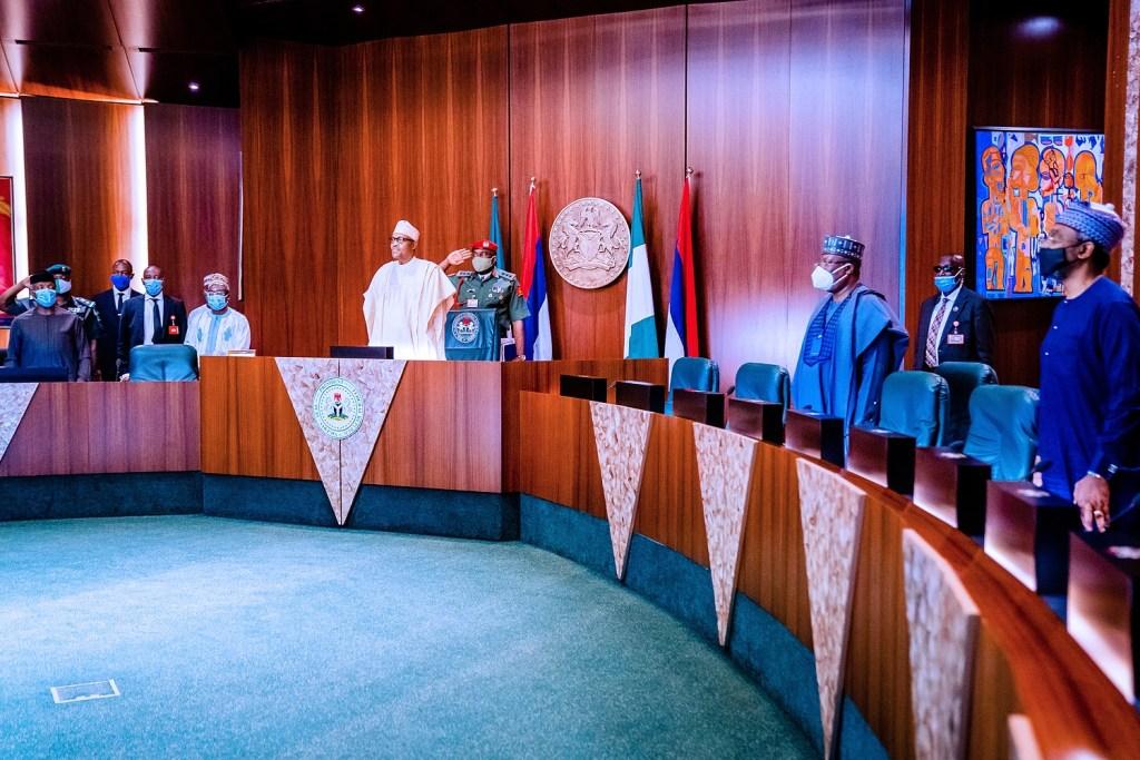 President Buhari inaugurates the Executive, Legislative Party Consultative Committee (Photos)