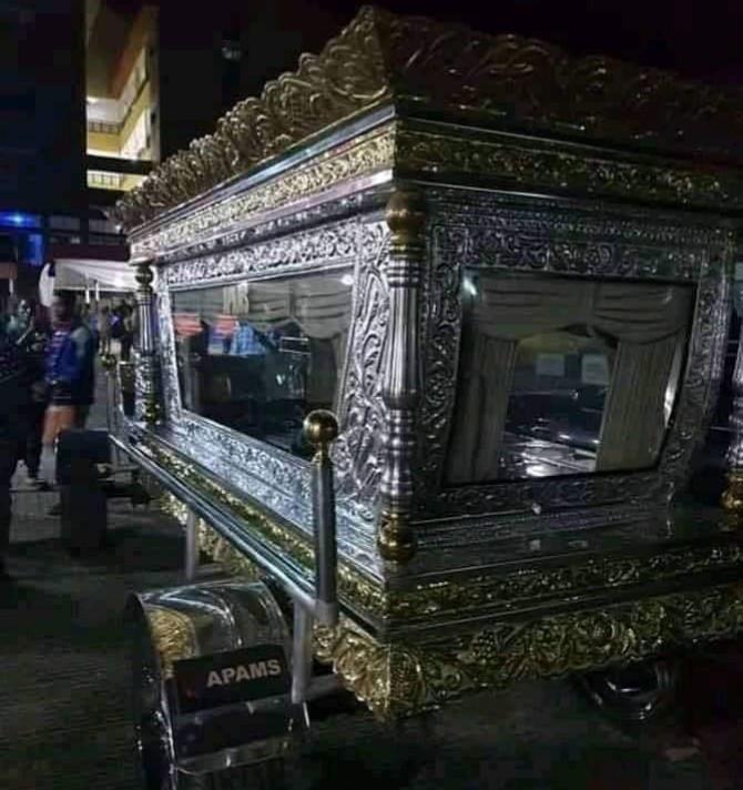 Tonimas burial photos