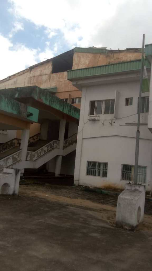 Horror- Imo State House of Assembly Complex at the Verge of Collapse, workers flee for their lives 3