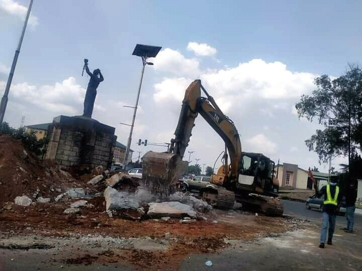Demolition of roundabouts in Imo state