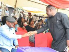 EBONYI STATE DEPUTY SPEAKER COMMISERATES WITH THE BEREAVED FAMILY OF MR OKECHUKWU PETER NWODOM - 9NEWS NIGERIA