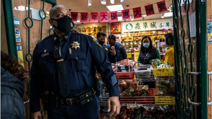 Why Asians face surge in fierce racism in the USA - images