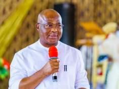 IMO GOVERNOR CALLS FOR REPENTANCE AND TRUE SERVICE TO GOD (PHOTOS) - 9NEWS NIGERIA