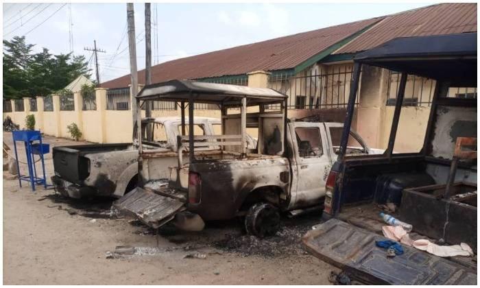 Owerri Custodial Centre Attacked By Unknown Gunmen - Images of properties set on fire by unknown gunmen
