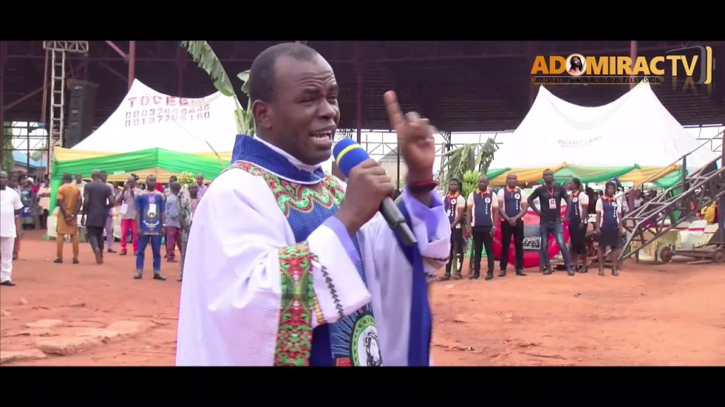 Father Mbaka in a mass at the Adoration Ministry Enugu