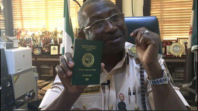 Nigerian Immigration Suspends Passport Issuance