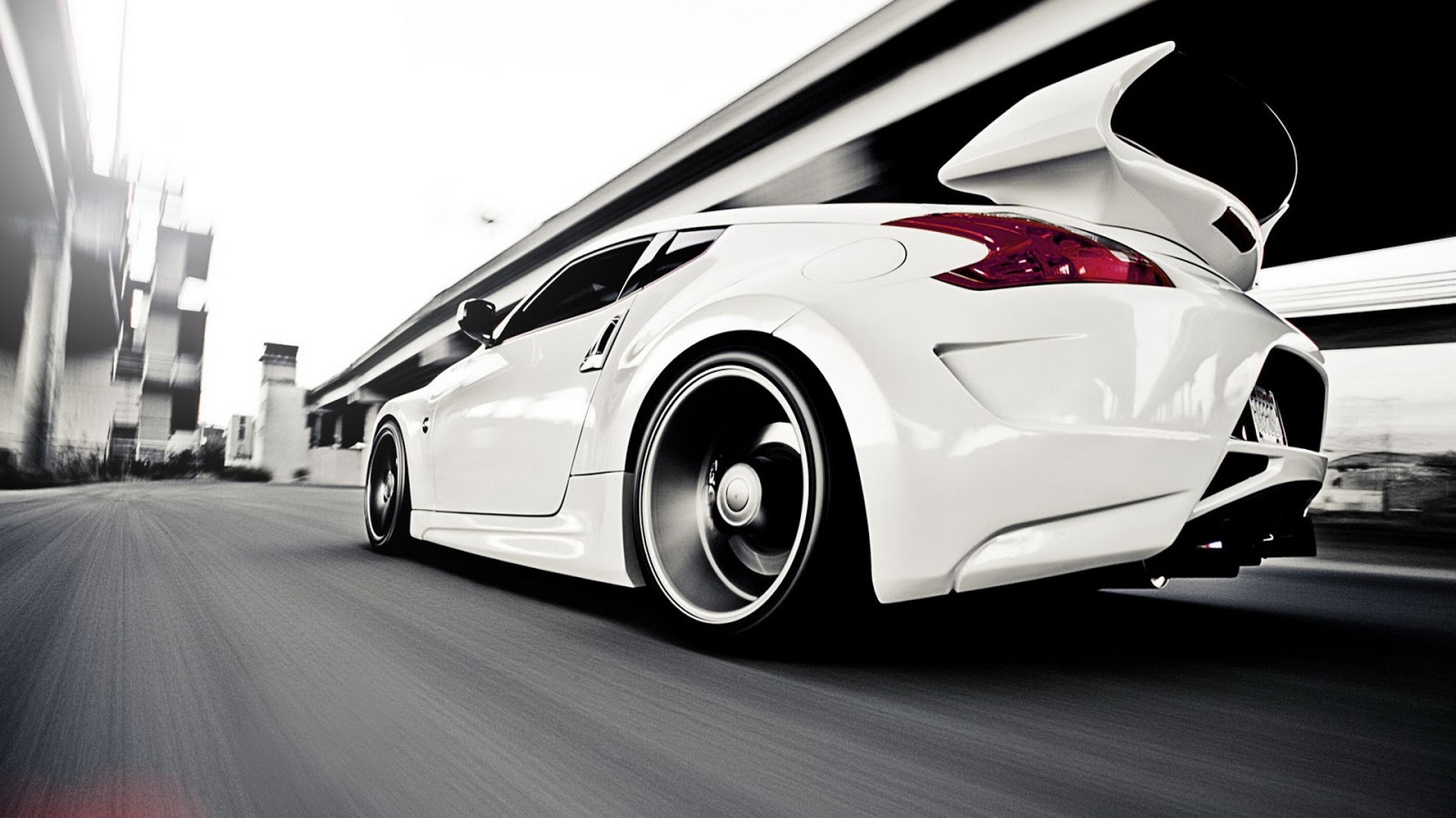 Nissan White Car Hd For Desktop