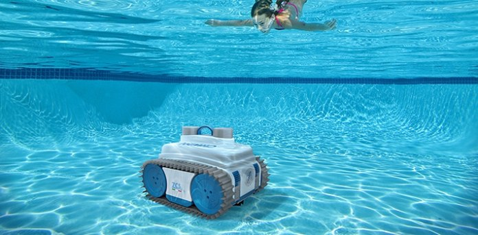 The Pool Cleaning robot cordless vacuum