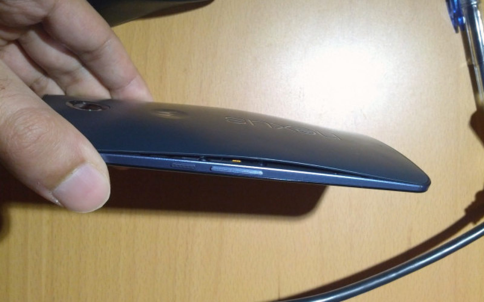 Motorola acknowledges Nexus 6 defect causing some back covers to come unglued