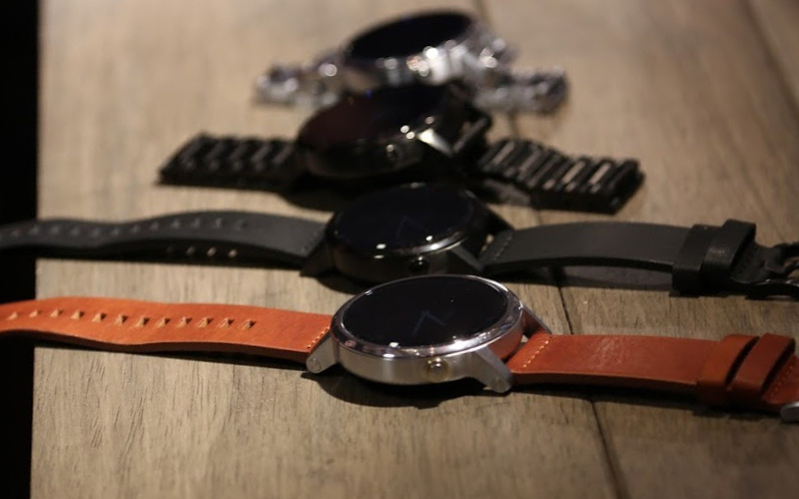 Release notes for the 2nd gen Moto 360 detail Doze mode & other Android 6.0 features