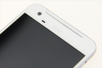 HTC-One-X9-004