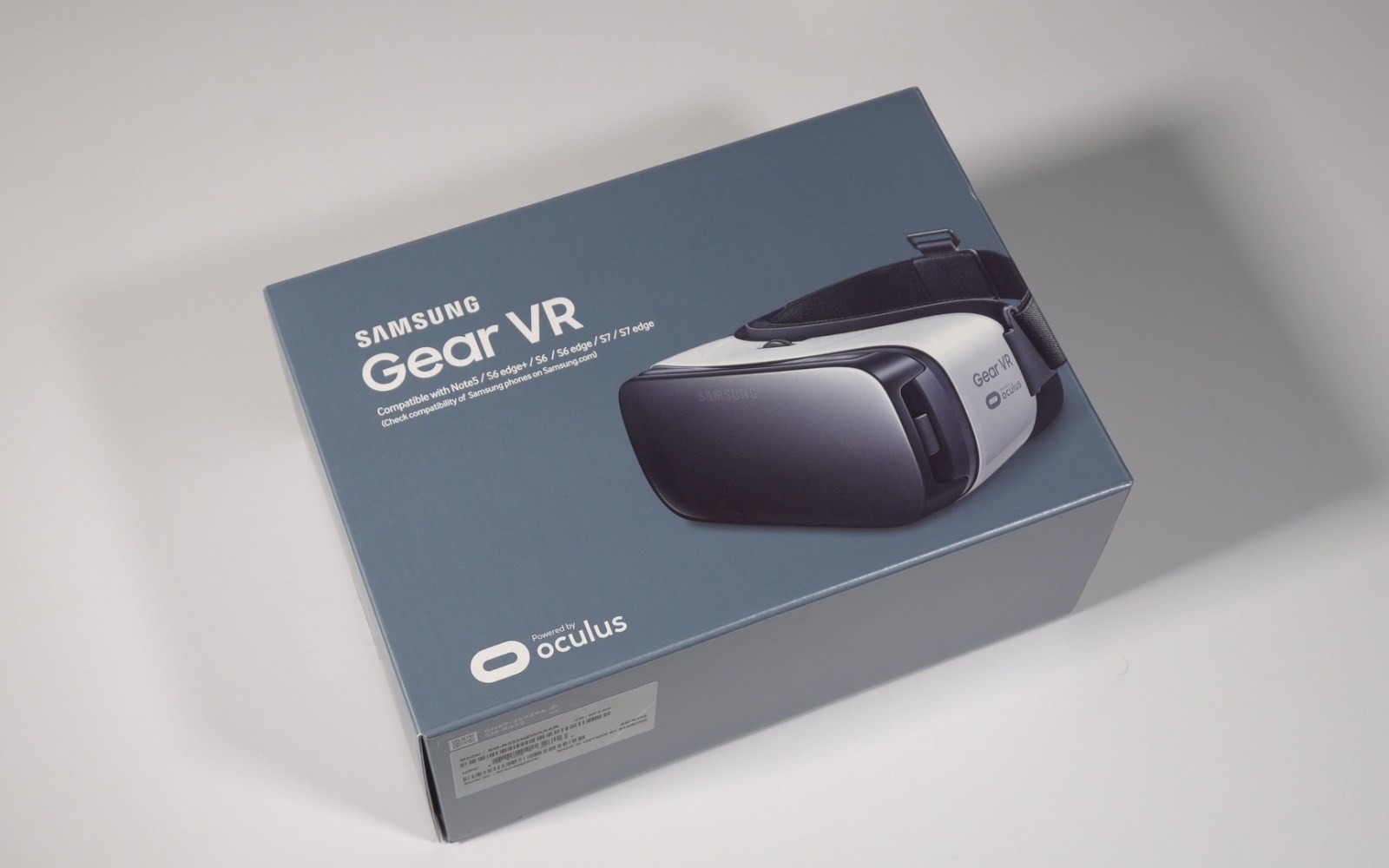Hands-on: Samsung Gear VR unboxing and impressions