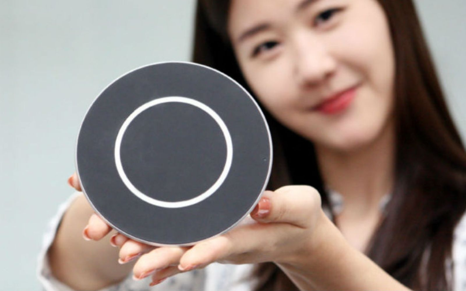 LG's new 15W wireless charger is almost as fast as your wired quick charger, goes on sale this month
