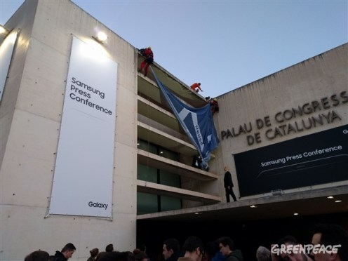 greenpeace-samsung-protests-2