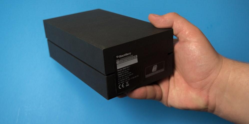 blackberry-keyone-unboxing-2