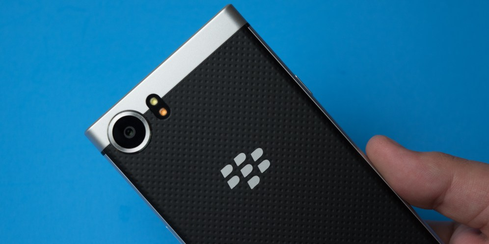 blackberry-keyone-unboxing-20