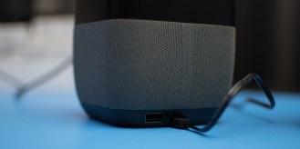 insignia-voice-speaker-google-assistant-6