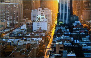 4.3″ OLED fabricated panel through VR optics