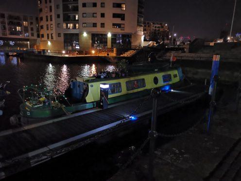 Mate 20 Pro - Auto mode - Houseboat